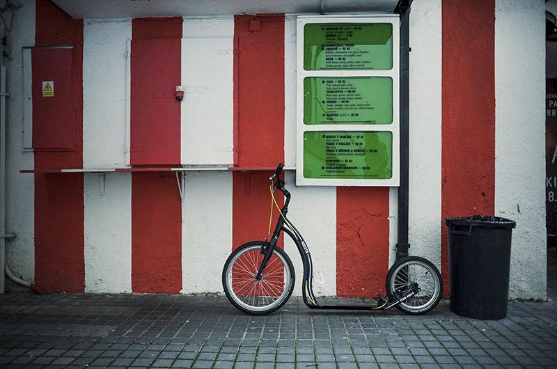 yedoo scooter rodstr alu green black 20 16 kickbike. Black Bedroom Furniture Sets. Home Design Ideas